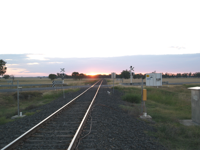 The type F level crossing for the Kamilaroi Highway looking towards Spring Ridge.