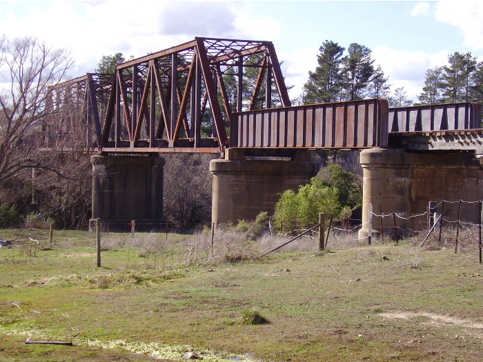 A closer view of the bridge over the Wollondilly River at Goulburn on the Crookwell branch line from the southern side.