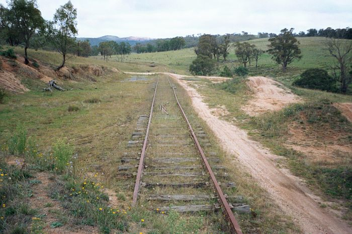 Looking along the track towards Oberon.