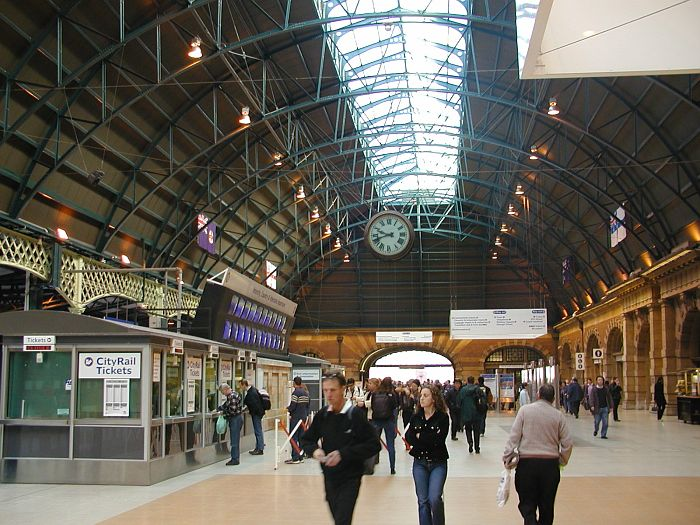 "The main concourse of the ""country"" platforms."