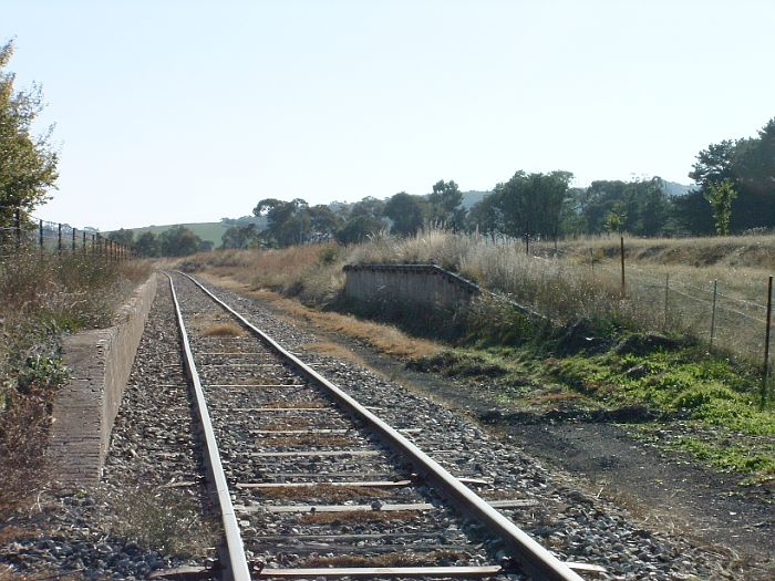 The view looking north towards Lyndhurst showing goods bank and platform.