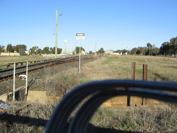 The next level crossing near the station, showing provision for the Mary Vale line to run right into the Loop. Not shown in this photo is that there is no direct access from the Mudgee Line to the platform. Lines left to right are Main, Loop and Goods Roads.