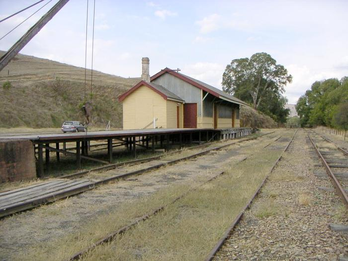 A closer view of the goods platform and shed.
