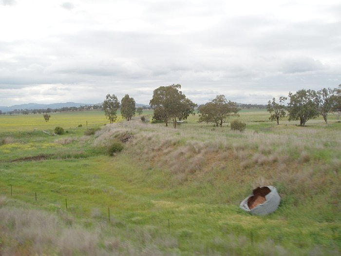 This is where the old Binnaway Line from the South end of Werris Creek Yard came around to meet the Gap Junction. Looking South from the Gap.