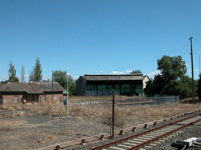 The old roundhouse and turntable at Muswellbrook.