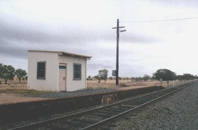 Another view of the safe working hut and the end of the platform at the Narrandera end.