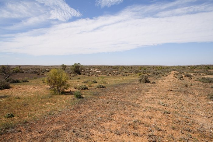 The old line bed is the raised section in the right foreground. This is the view looking back down towards Broken Hill.