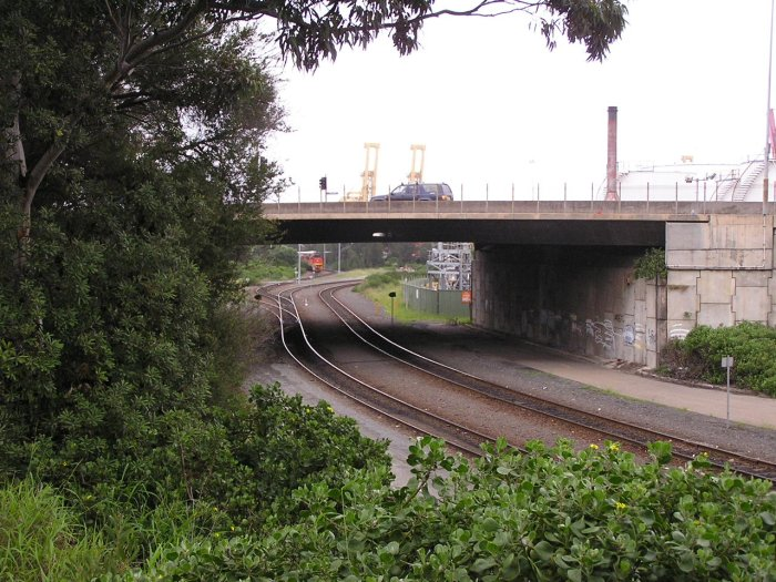 The view looking south at Botany Road overpass. In the distance, the lines diverge to the CTAL and Patricks container yards.