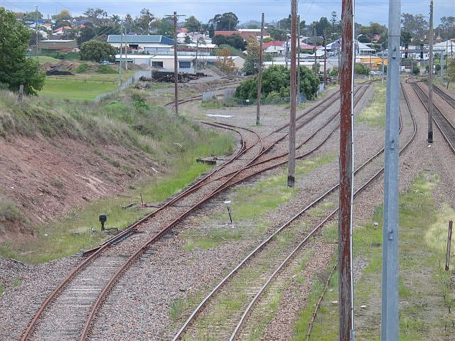 A closer view of the sidings.  The line to the left leads to a pair of perway sidings.