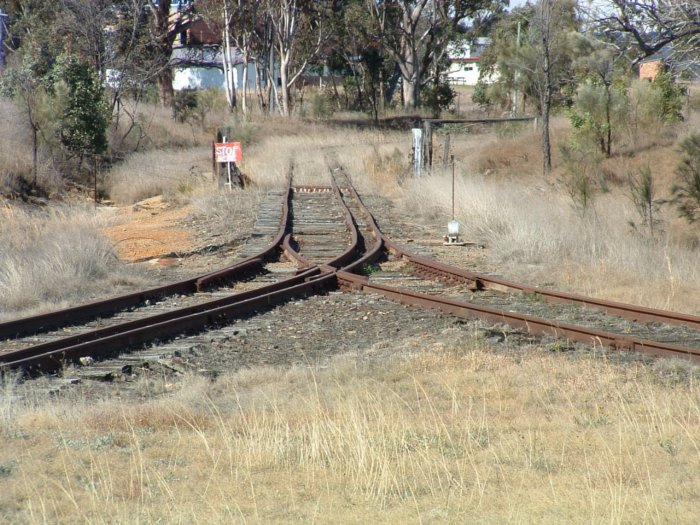 The view looking towards the dead end of the turning triangle. The dual gauge north leg is on the left, with the standard gauge south left on the right.